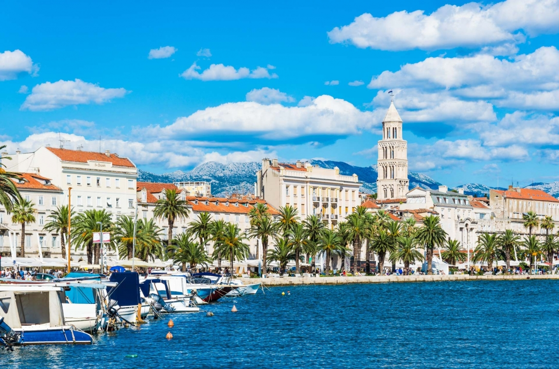 split harbor and palms croatia holidays